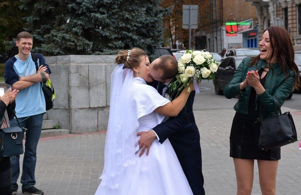 Порошенко і весілля в Харкові: що це за історія, фото і відео