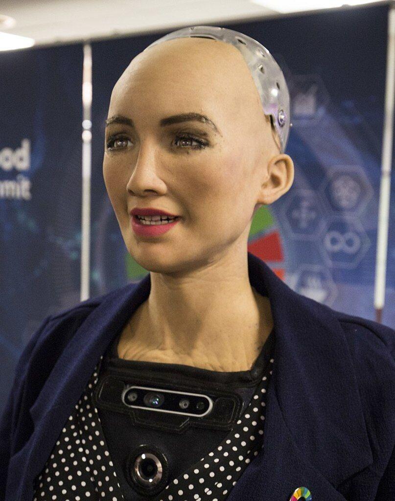 Робот Софія приїхала в Київ: хто вона і що сказала, фото, відео