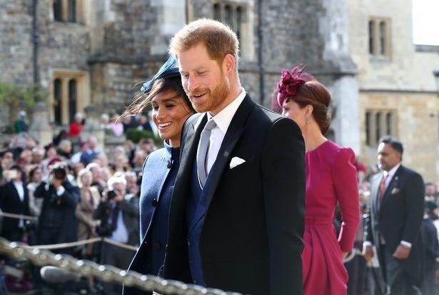 Принц Гаррі і Меган Маркл могли загинути? В їх літак влучила блискавка, фото