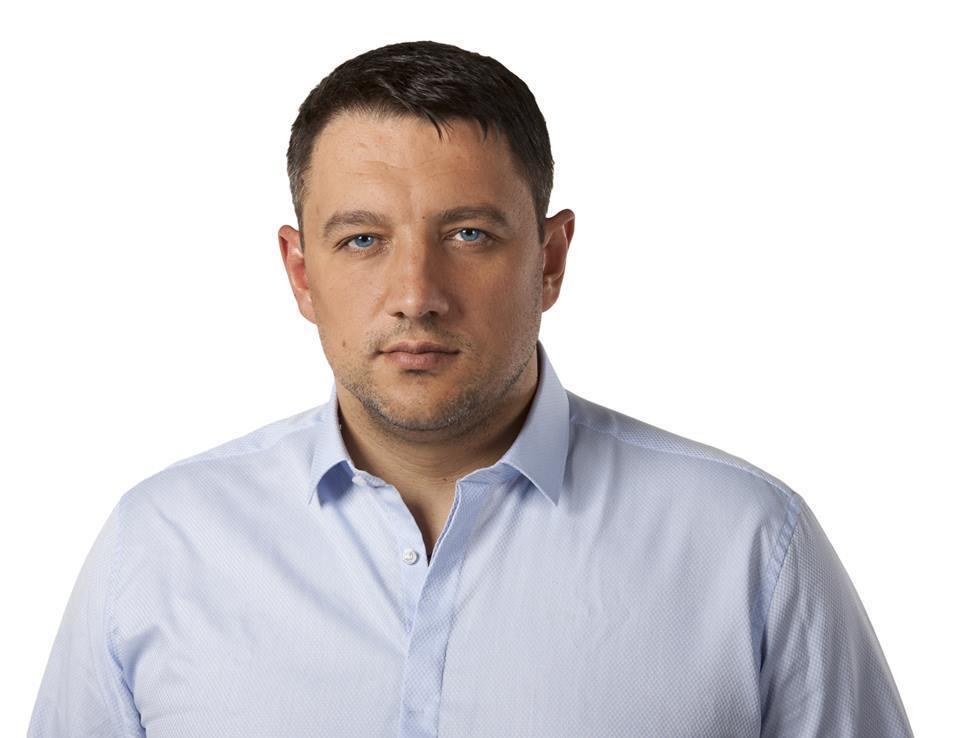 Петро Кузик: що це за депутат, і чому він стріляв у себе, фото