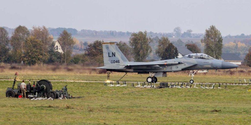 Винищувач США F-15D Eagle міг розбитися? Стало відомо про ще одну НП на навчаннях в Україні