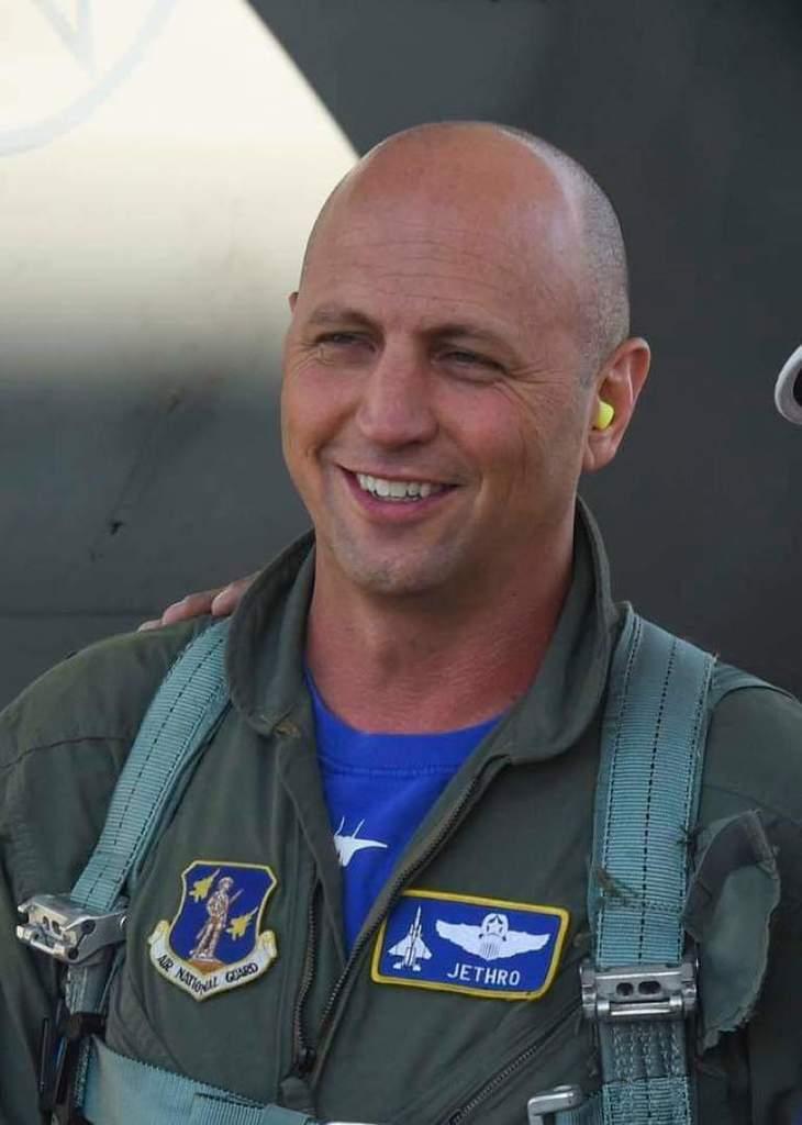 """Сэт """"Джеро"""" Неринг: что известно о подполковнике США, погибшем в крушении Су-27"""