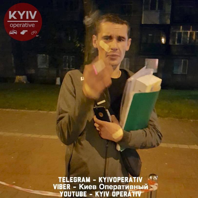 В Киеве пьяный полицейский чудом выжил в ДТП: фото с места аварии