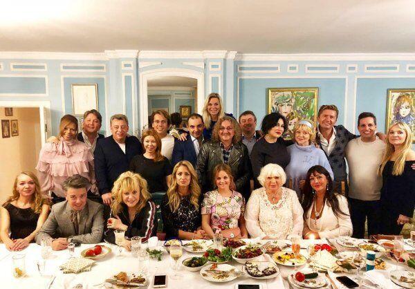 """Алла Пугачова і Максим Галкін розлучаються? З'явилися фото і відео """"вагітної"""" розлучниці"""