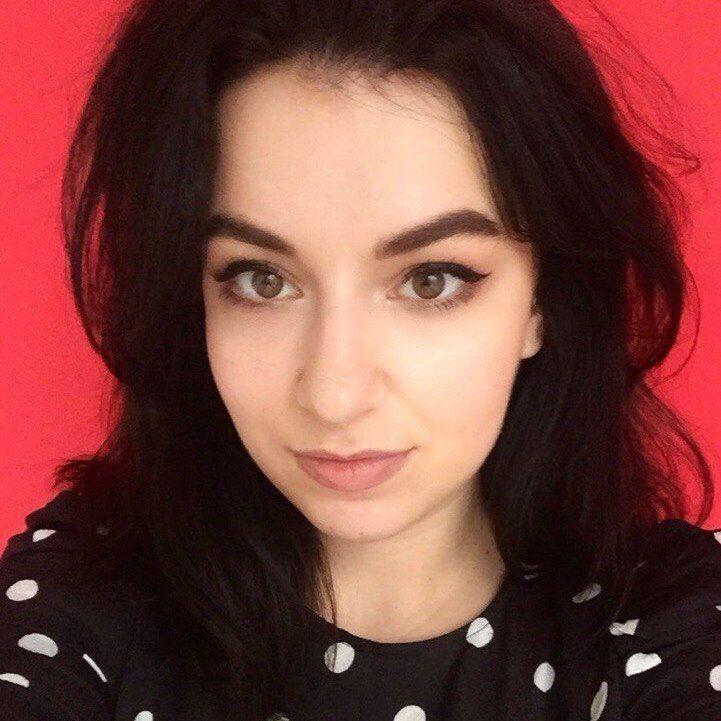 Еля Комаркова, через яку звільнився Іван Колпаков: хто вона, фото