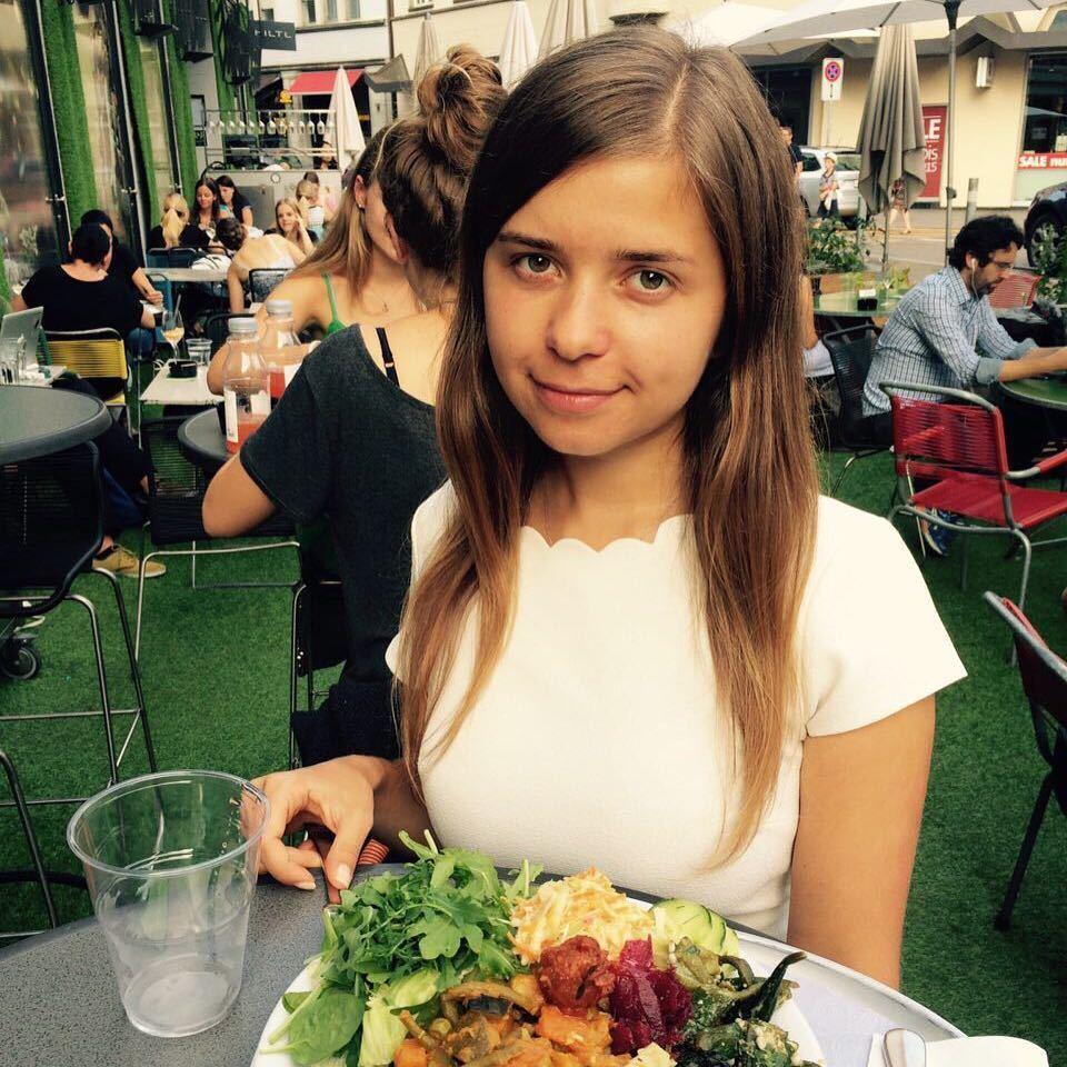 Мария Дрокова вошла в топ Forbes: кто она и при чем здесь поцелуй Путина