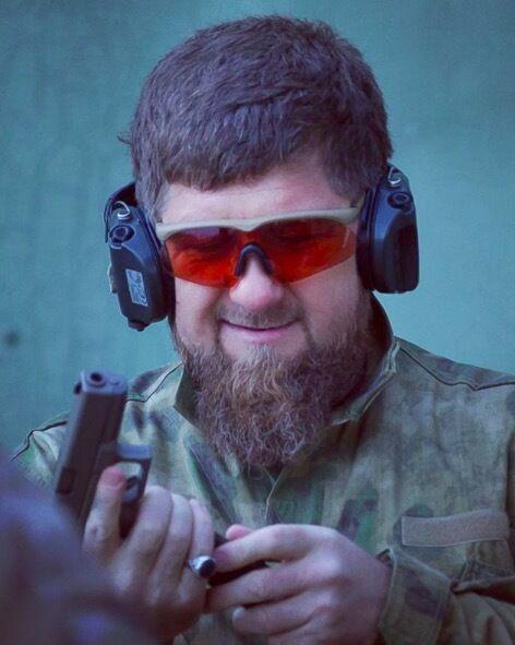 Рамзан Кадиров схвилював Instagram романтичною одою пістолету