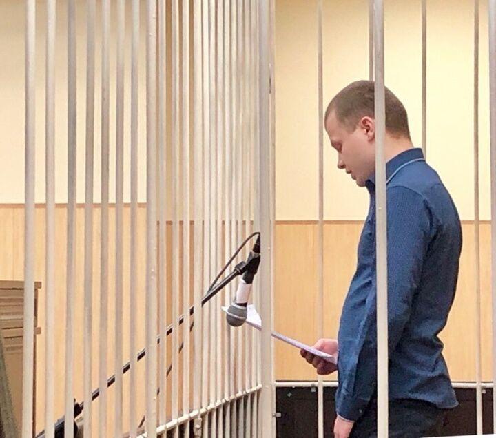 Дмитрий Лучин получил срок за каннибализм: кто он и при чем здесь поэзия