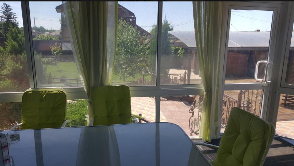 """Сергій Дубинський """"Похмурий"""" непогано облаштувався. Фото. Хто він такий і як пов'язаний з МН17"""