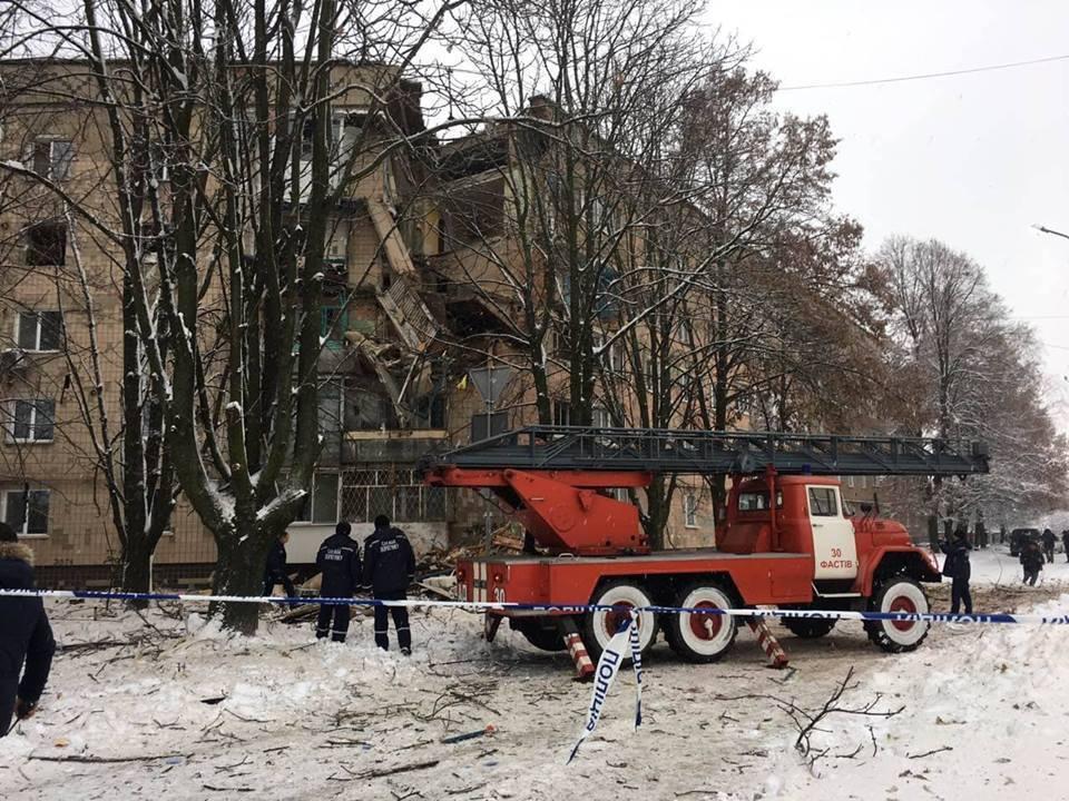 В Фастове случился взрыв: фото разрушений дома на улице Садовой, 10