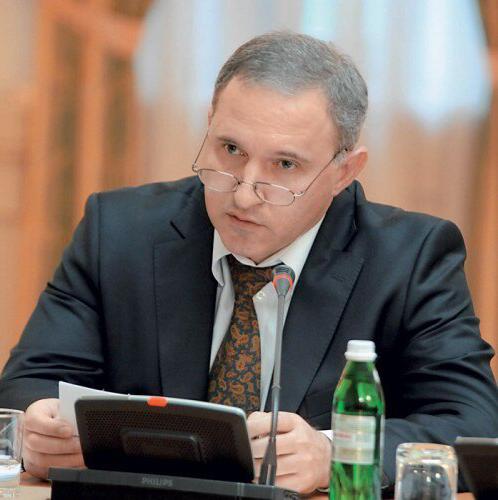 Борис Тодуров взял заложников: кто он, что случилось и при чем тут Юрий Крысин