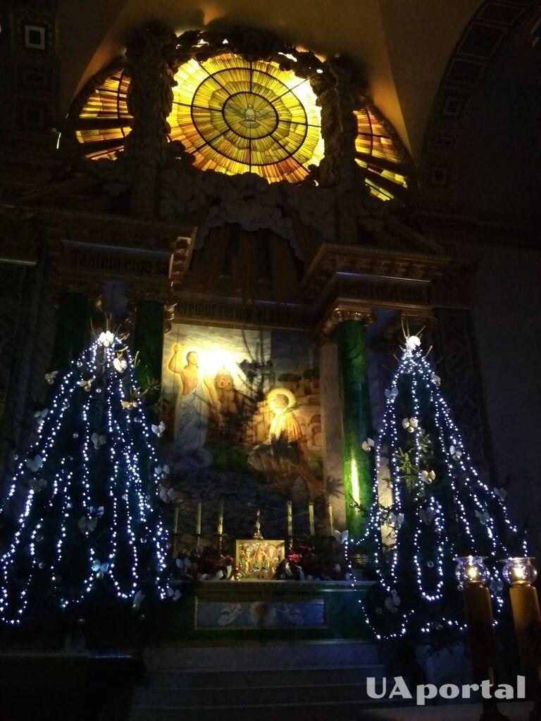 Рождественская ночь 2018: в Киеве проходит праздничная месса