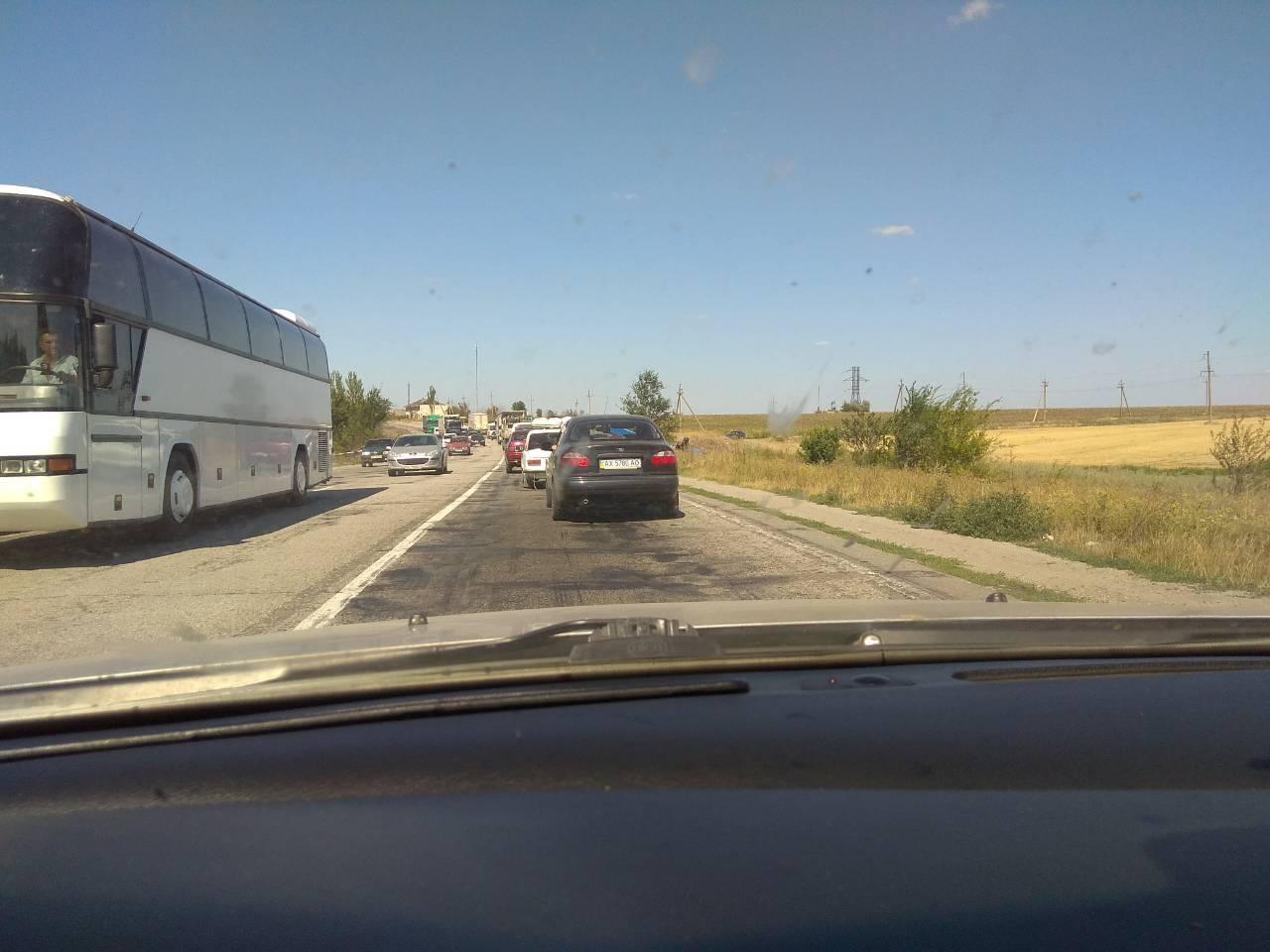 На Запорожье произошло жуткое ДТП с маршруткой и грузовиком, много погибших: фото и видео