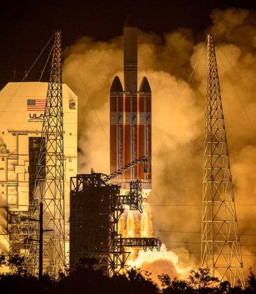 NASA запустила уникальную миссию к Солнцу: яркие фото и видео