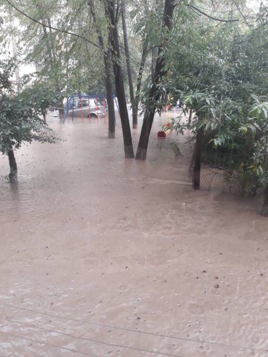 Ще одне місто України затопило: опубліковано фото і відео