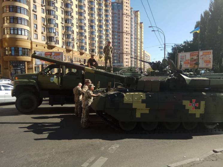Стало відомо про серйозну НП на репетиції параду в Києві: фото і відео