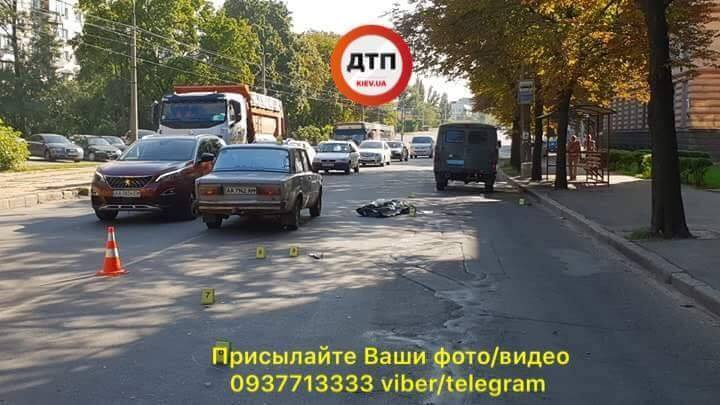 У Києві відбулося відразу дві смертельні ДТП з однією причиною: фото і відео