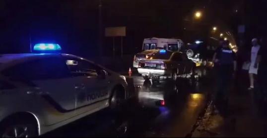 В Ровно таксист открыл стрельбу по пассажирам, есть пострадавший: фото и видео с места