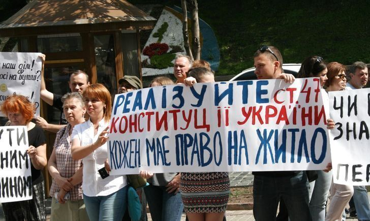 Україна сама виштовхує своїх людей окупанту в зуби - Олена Степова
