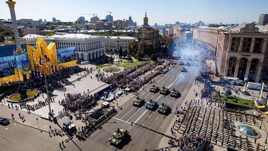 Парад в честь 27-й годовщины независимости Украины на Крещатике