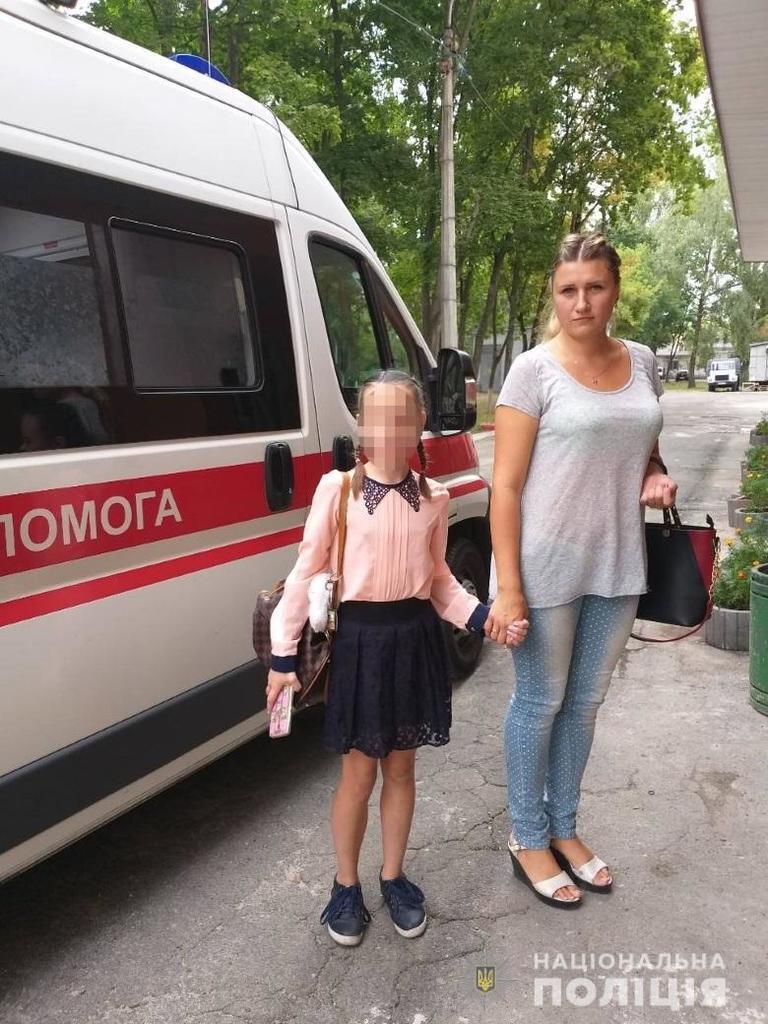 У Києві дитину врятували з неблагополучної сім'ї: з'явилися фото