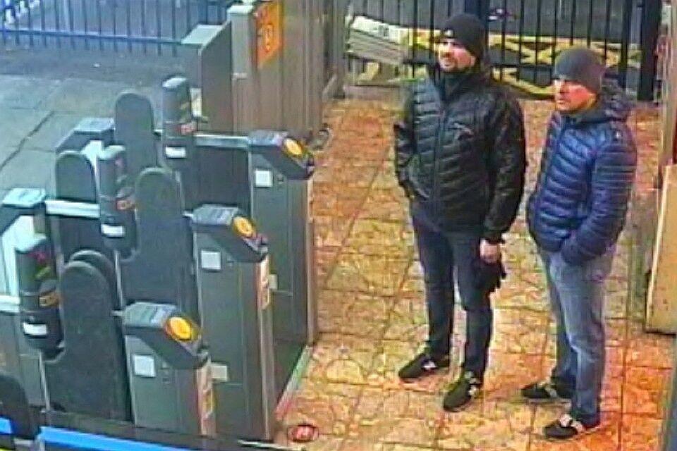 Замах на Скрипалів у Солсбері: у чому брешуть підозрювані Бошіров і Петров