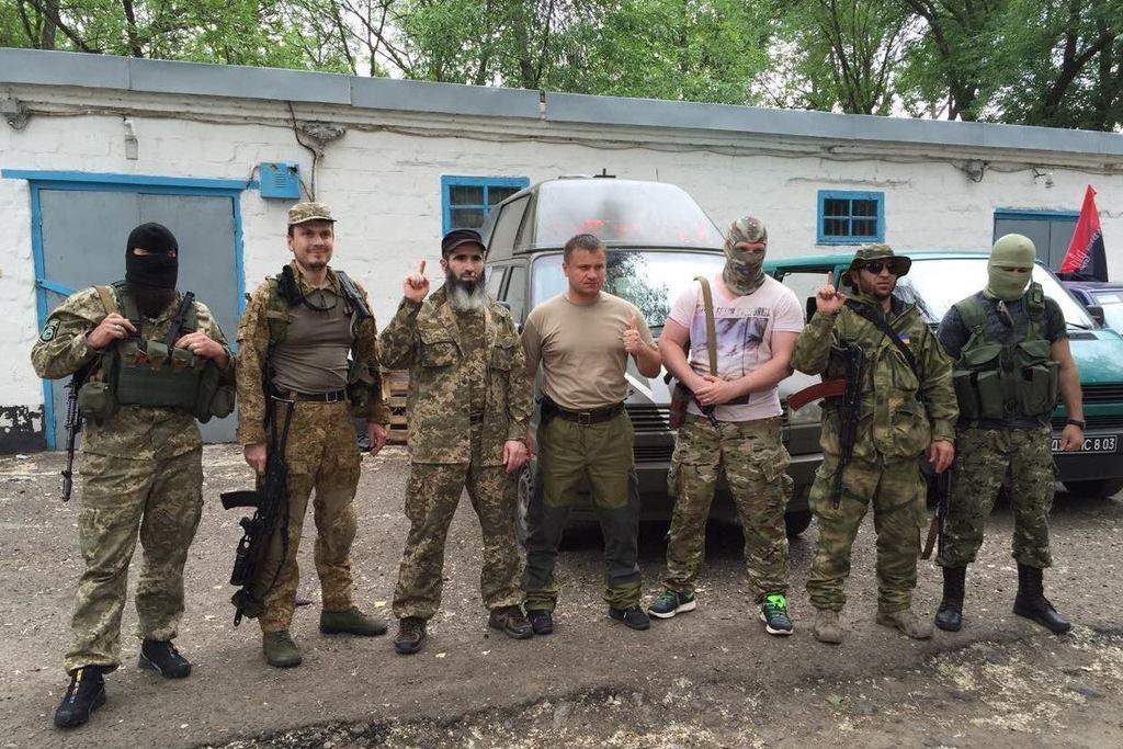 Батальон имени Шейха Мансура воюет на Донбассе бок о бок с украинскими добровольцами