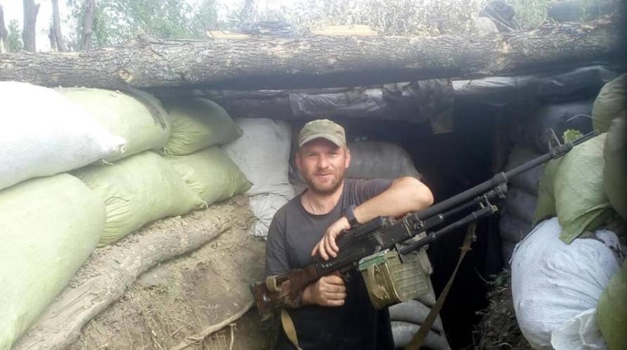 Появились фото военного, погибшего в обстреле боевиков на Донбассе