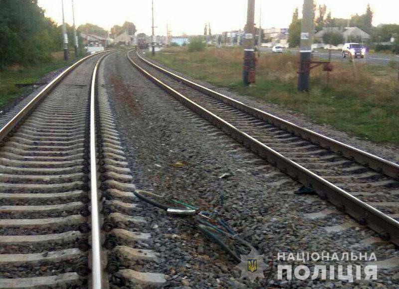 На Донбассе произошло смертельное ЧП на железной дороге: фото с места аварии
