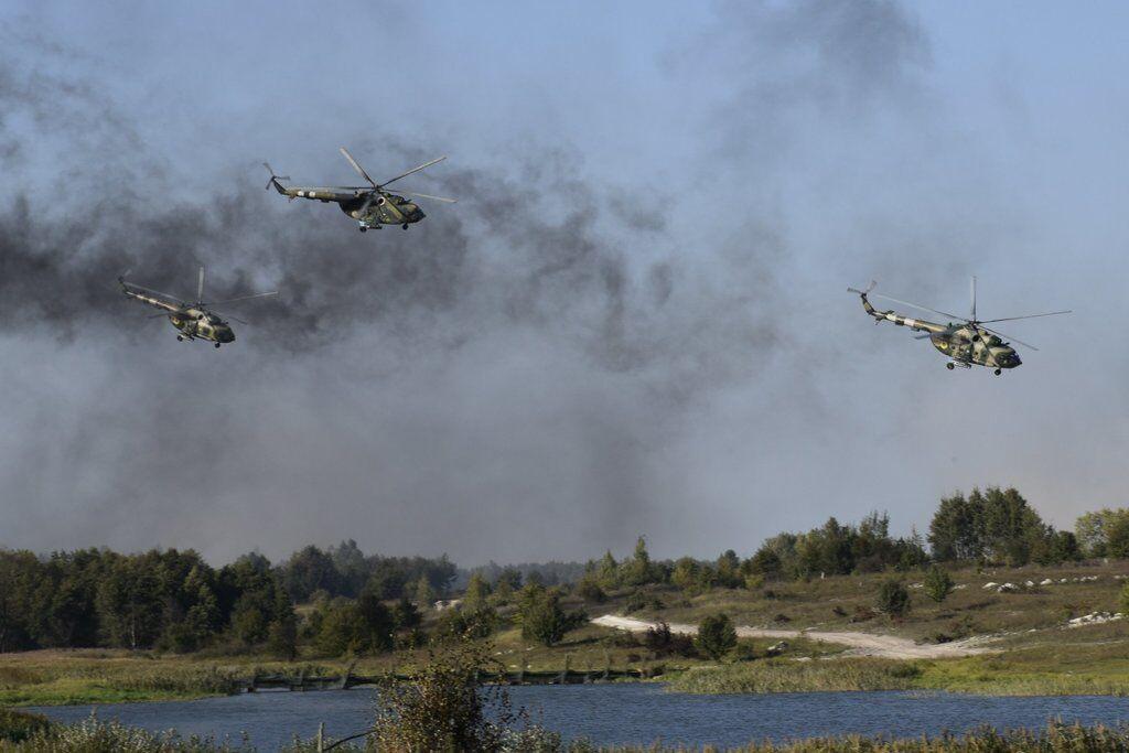 Українські військові провели динамічні навчання зі стрільбою: яскраві фото
