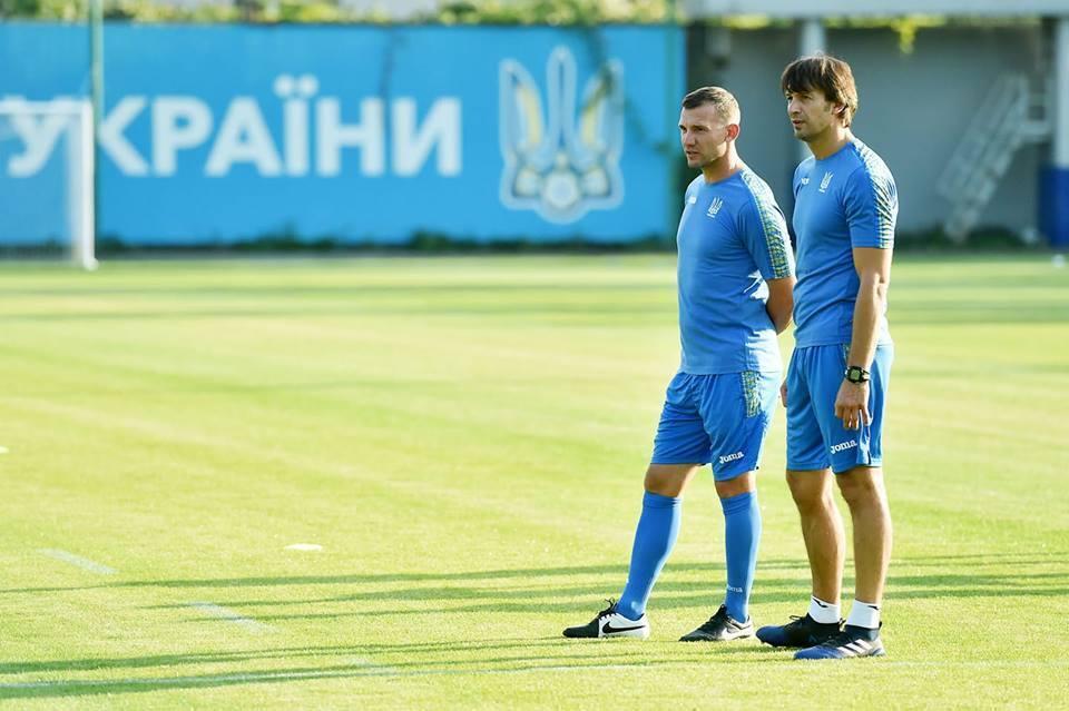 Легендарний воротар приєднався до Шевченка у збірній України: з'явилося фото