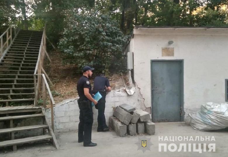 На Печерську в Києві сталася стрілянина, є постраждалий: фото з місця подій