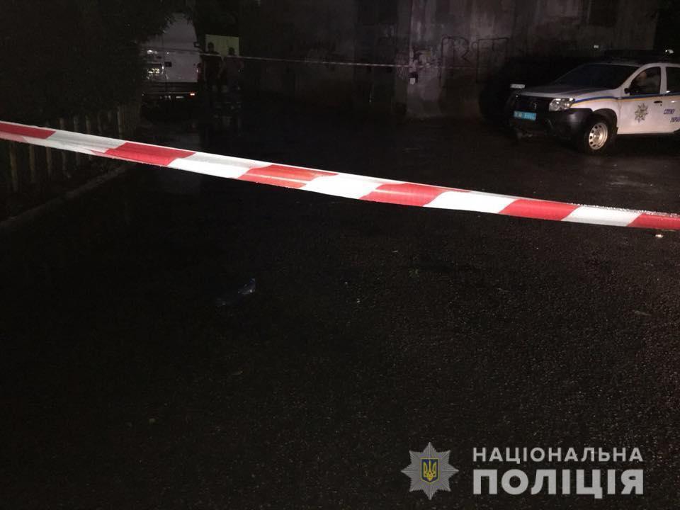 В Одесі влаштували стрілянину по відомому активістові: фото і відео з місця НП