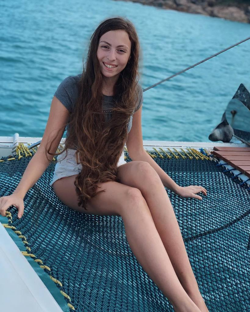 Маша Полякова показала струнке тіло: хто вона і що ще постить в Instagram