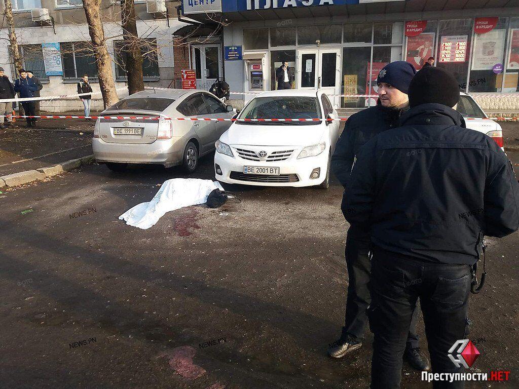 Що сталося в Миколаєві: подробиці стрілянини біля суду, фото, відео
