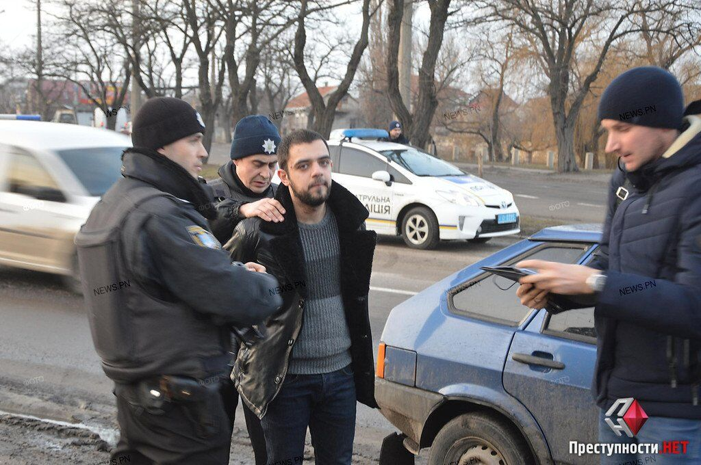 Что случилось в Николаеве: подробности стрельбы у суда, фото, видео
