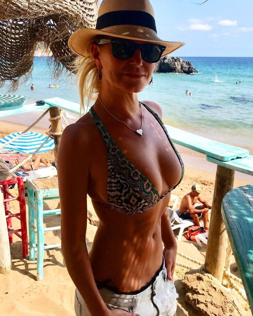 Аннализ Браакензик убила себя: почему страдала топ-модель, ее фото