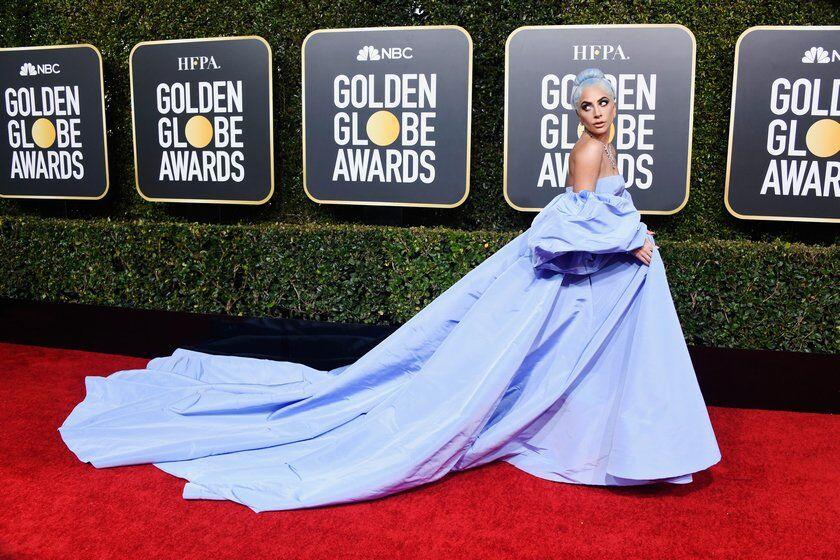 """Леди Гага поразила """"Золотой Глобус"""" шикарным нарядом за 5$ млн. и удостоилась награды"""