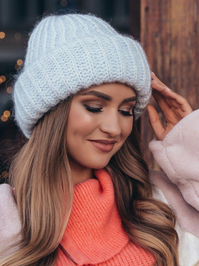 Модные шапочки для предстоящей зимы
