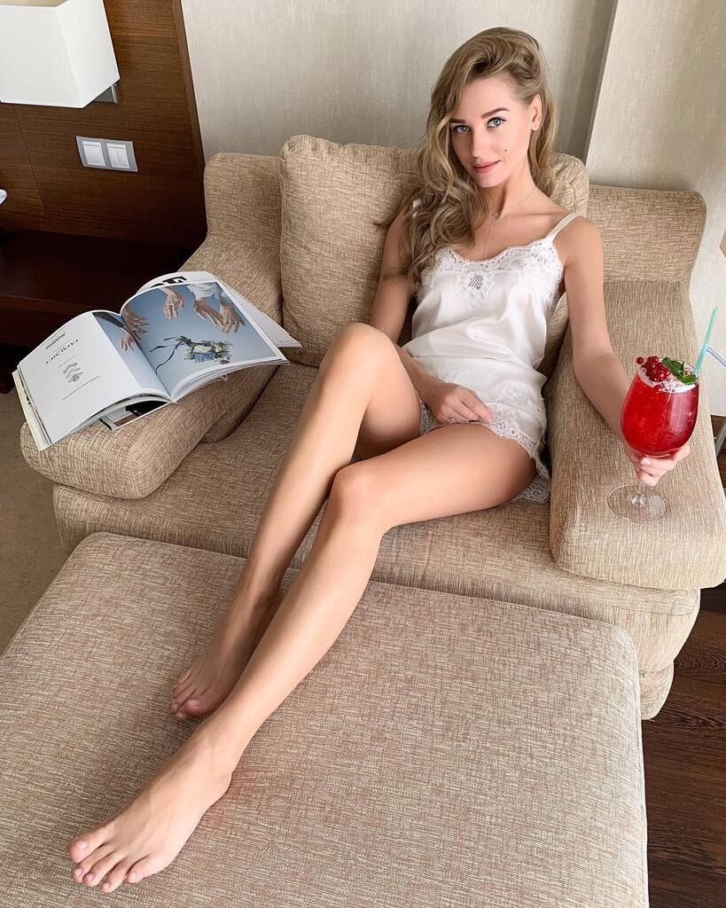 """Христина Асмус: голі фото актриси, що потрапила у скандал з фільмом """"Текст"""""""