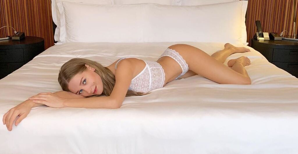 """Кристина Асмус: голые фото актрисы, попавшей в скандал с фильмом """"Текст"""""""