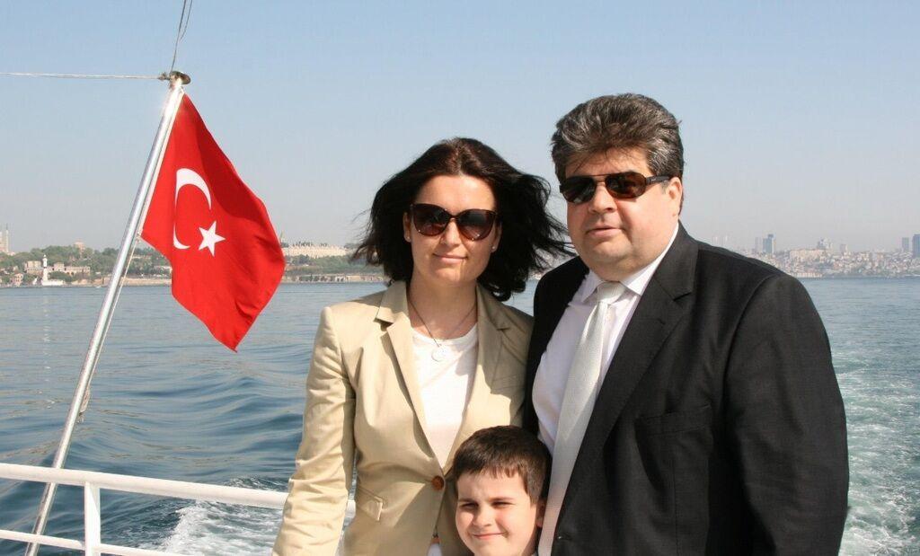 Як виглядають дружина Богдана Яременка Вікторія і діти, фото