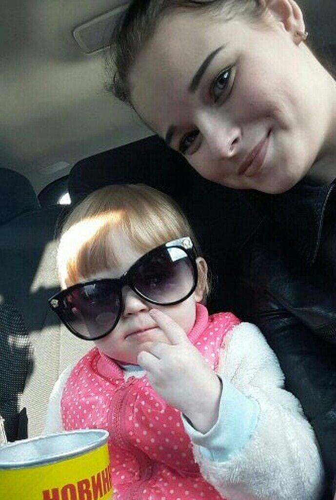 Даша Пилипенко з матір'ю