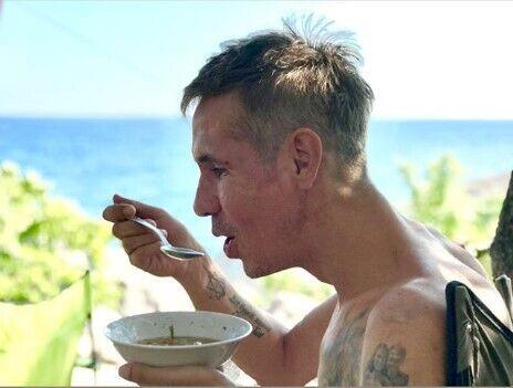 """""""Безпритульний, тебе тут годують?"""" Олексій Панін виклав нове відео з донькою"""