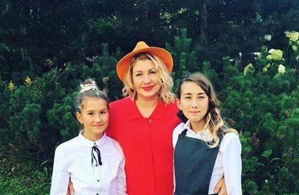 Ева, Эвелина и Амалия Польна