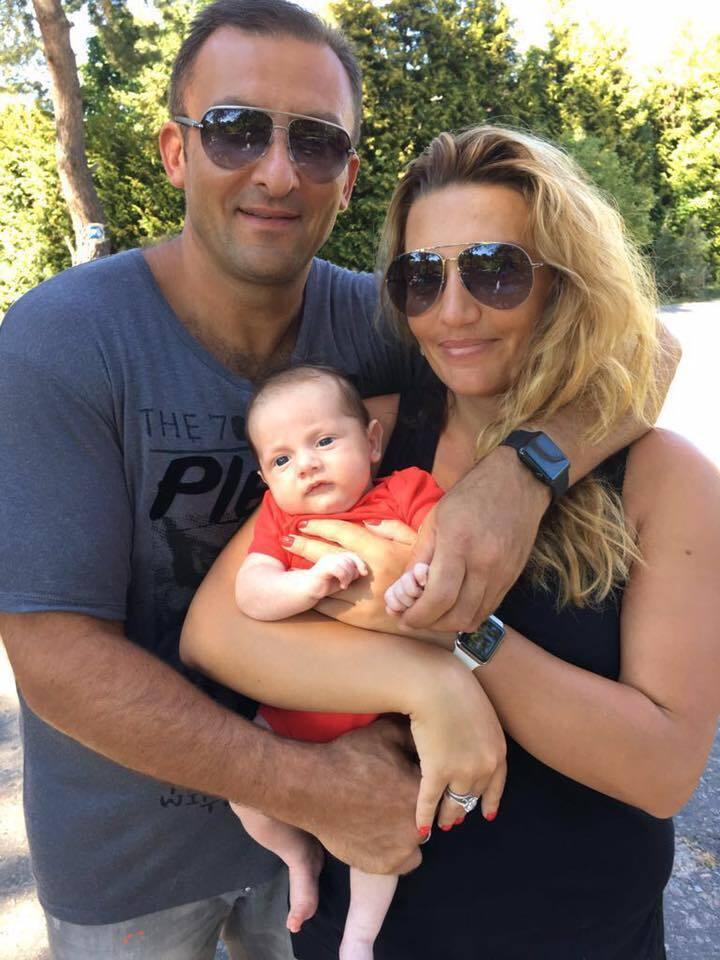 В'ячеслав Соболєв з дружиною і дитиною