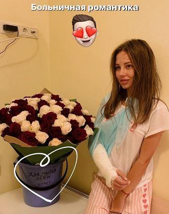 Син Валерії після ДТП показав моторошну травму Ліани, фото