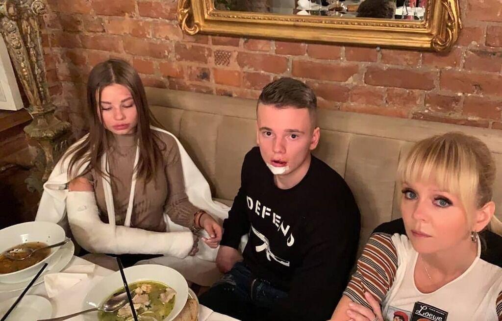 Сын Валерии после ДТП показал жуткую травму Лианы, фото