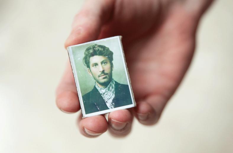 Пауль Швенн стал звездой среди геев: как это случилось и при чем тут Сталин