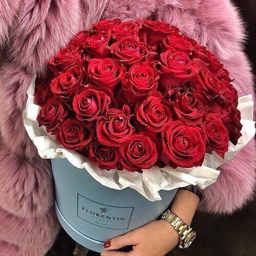 Что подарить на 14 февраля: девушке и парню